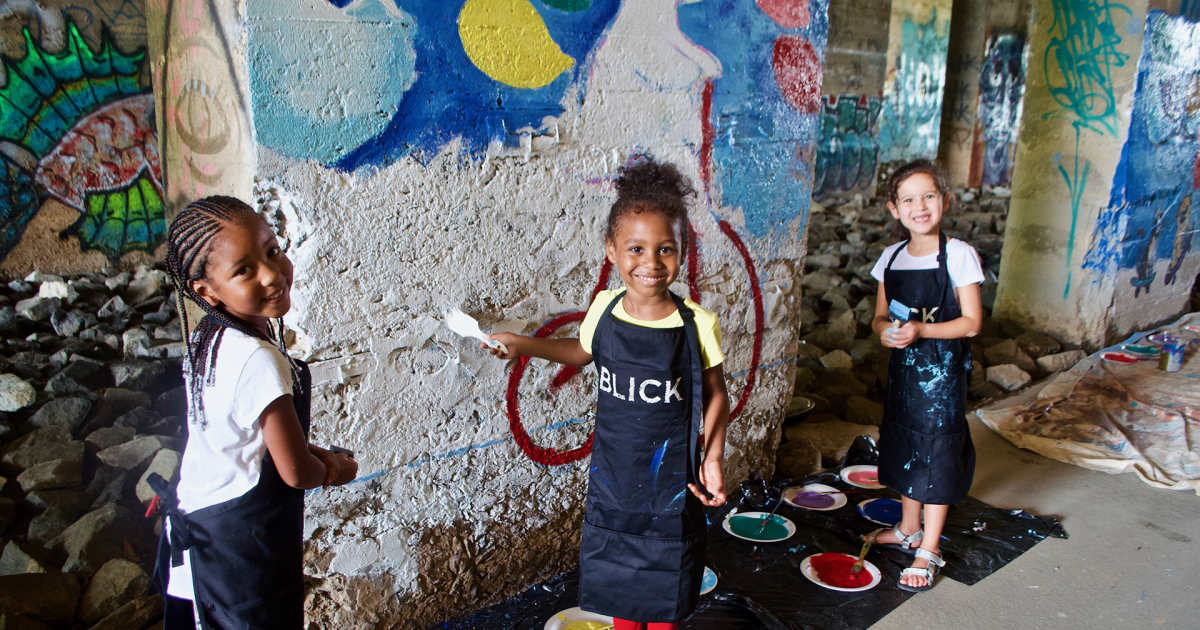 As part of Art on the Atlanta BeltLine and BeltLine Walls, artists of all ages came out for Family Paint Day where they adorned the tunnel walls under Lee Street and Murphy Avenue. (Photo: John Becker)